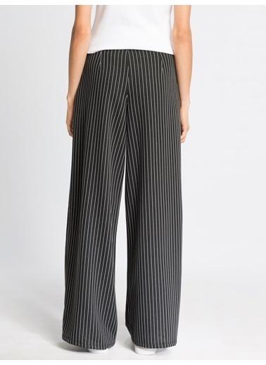 LC Waikiki Pantolon Siyah